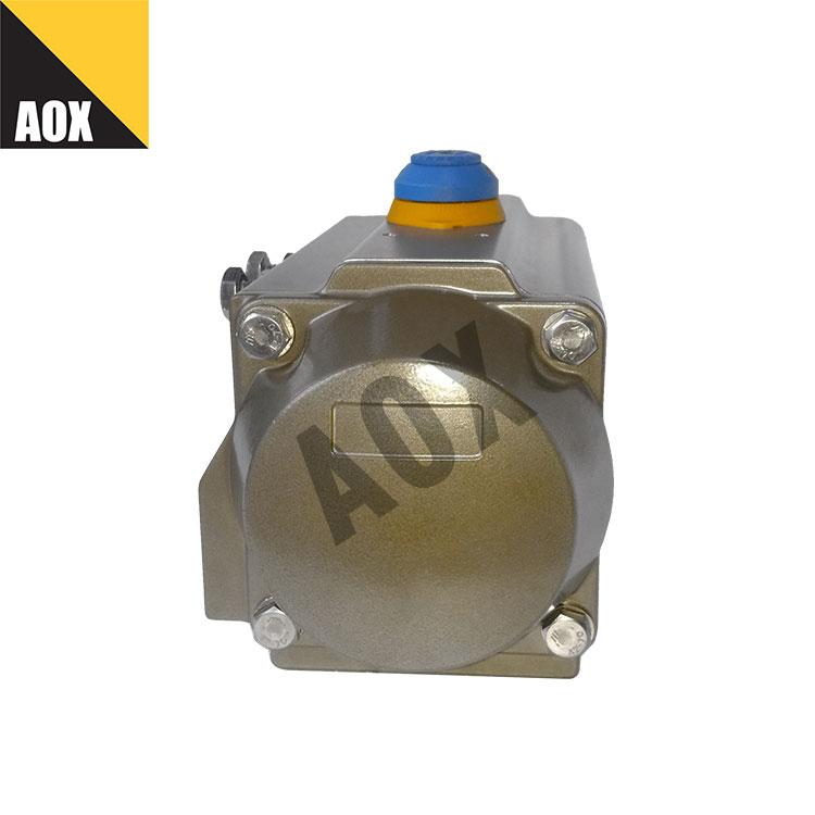 Compact single acting pneumatic actuator